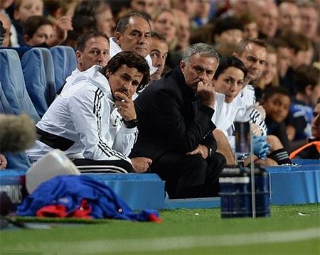 Mourinho đang tỏ ra bất lực với Chelsea