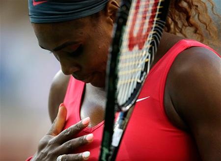 Serena tự nhủ với bản thân trước khi tiến ra sân đỡ cú phát bóng của Serena