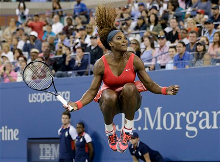 Cú nhảy ăn mừng quen thuộc của tay vợt người Mỹ
