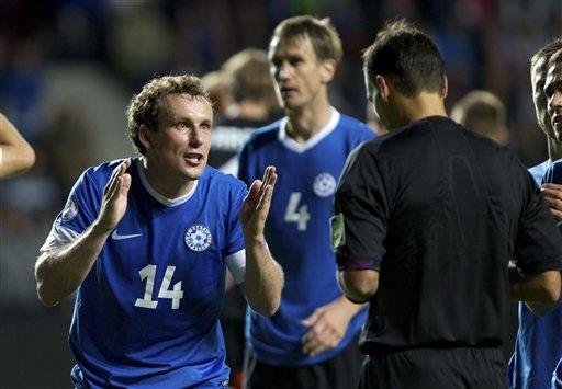 Vassilijev có hai bàn thắng tuyệt đẹp ở trận này