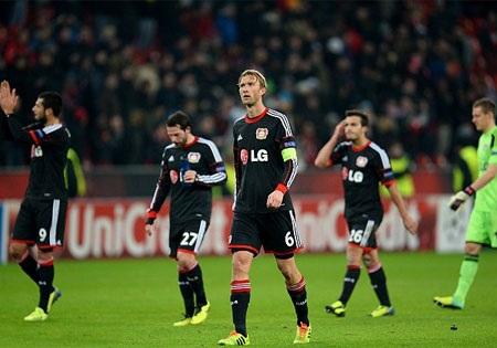 Leverkusen rời sân trong nỗi hổ thẹn khi thất bại tới 0-5 ngay trên sân nhà