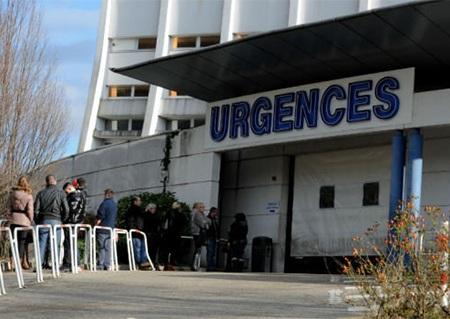 Bệnh viện Grenoble đang cấp cứu cho Schumacher