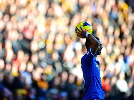 Một thế trận lép vế là điều Chelsea đã phải trải qua ở hiệp 1