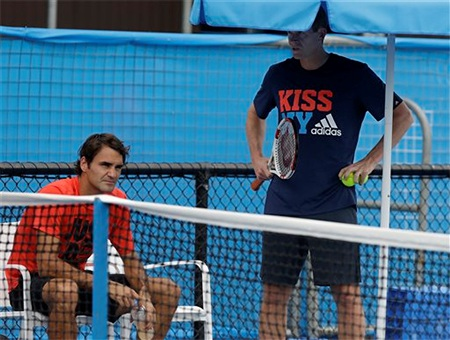 Federer đang tích cực tập luyện chuẩn bị cho vòng 2