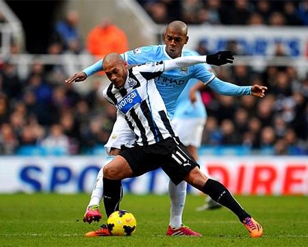 Newcastle chủ động tấn công khi Man City lùi xuống