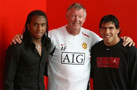 7. Robin van Persie, 24 triệu bảng, 2012