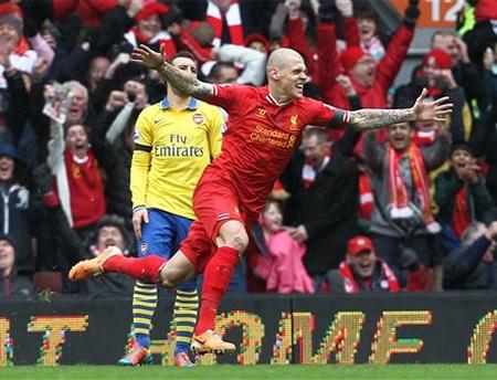 Màn tỏa sáng của Sterling và đồng đội đã vùi dập Arsenal