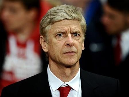 Wenger cho rằng đội bóng ông quá thiếu may mắn