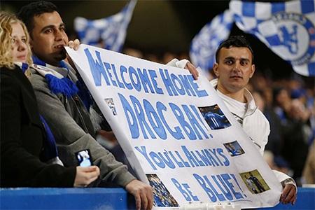 Chào mừng trở về nhà, Drogba. Anh luôn luôn là người của Chelsea