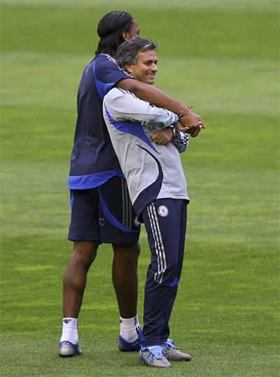 Mối quan hệ thầy trò giữa Mourinho - Drogba luôn luôn tốt đẹp