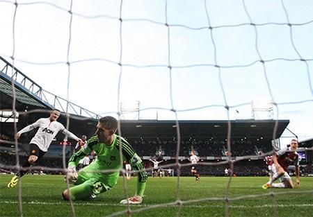 Đến phút 33, West Ham thủng lưới bàn thắng thứ 2