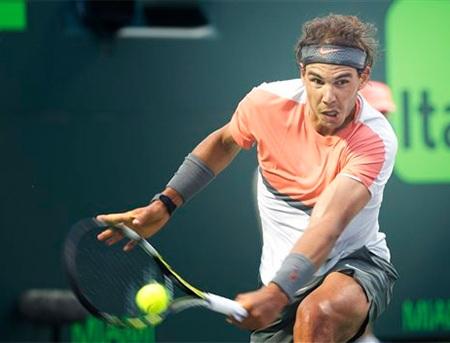 Nadal cũng gặp phải trường hợp bất chiến tự nhiên thành