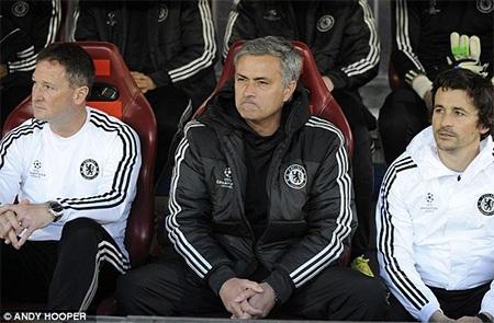 Mourinho trở lại Madrid, nơi ông từng có 3 năm làm việc tại Real đối thủ truyền kiếp của Atletico
