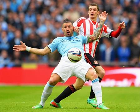 Man City từng gục ngã trước Sunderland ở lượt đi