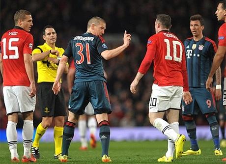 Schweinsteiger đã phải rời sân sớm hơn các cầu thủ khác