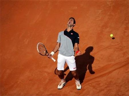 Chiến thắng nhọc nhằn của Djokovic trước Raonic