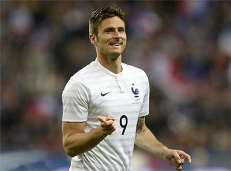 Giroud đã lập cú đúp trong chiến thắng của tuyển Pháp