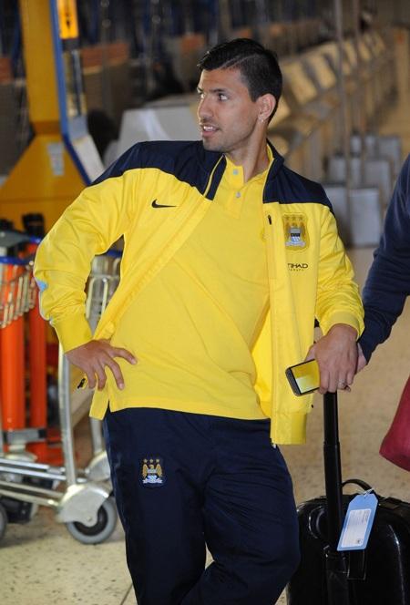 Aguero vẫn đi cùng Man City trước khi trở về tập trung cùng tuyển Argentina tham dự World Cup