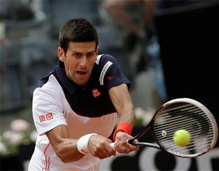 Djokovic khởi đầu nan tại Rome