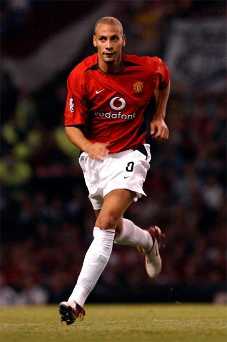 Tháng 8 năm 2002, Rio Ferdinand có trận ra mắt CLB mới khi MU thi đấu cùng Zalagerszeg