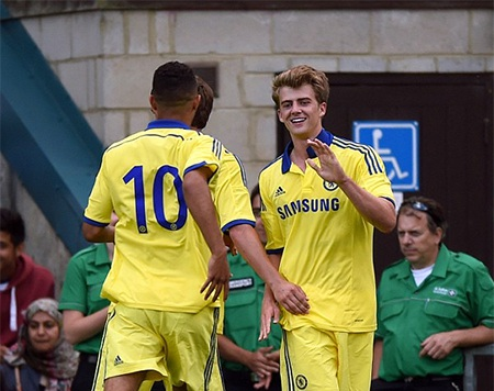 Niềm vui của Patrick Bamford sau khi ghi bàn