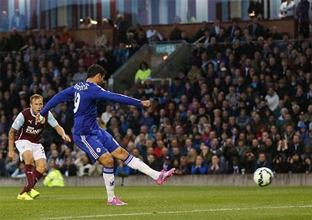 Niềm vui của Arfield khi ghi bàn vào lưới Chelsea