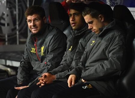 Liverpool cất khá nhiều trụ cột trên băng ghế dự bị
