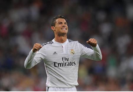 C.Ronaldo chiếm ưu thế trong cuộc đua giành Quả bóng vàng