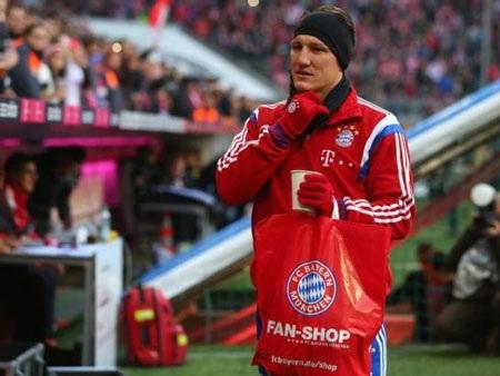 Schweinsteiger trở lại sau thời gian dài dưỡng thương