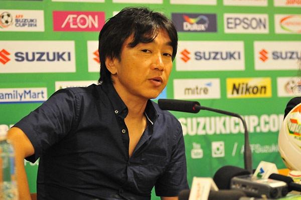 HLV Miura khen ngợi tinh thần thi đấu của các học trò