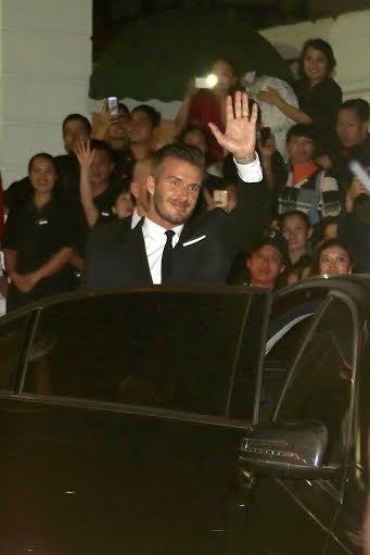 Beckham vẫy tay chào người hâm mộ Hà Nội