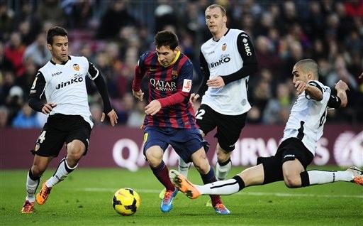 Barca sẽ có chuyến đi đầy khó khăn đến sân Mestalla