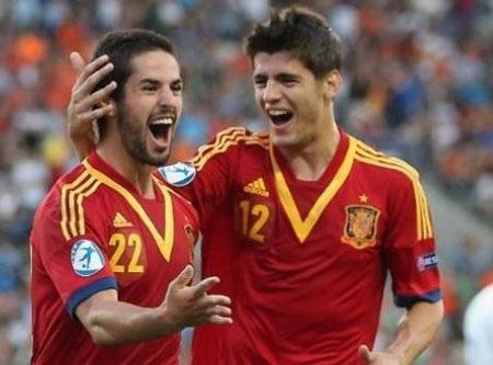 Isco và Morata trong màu áo đội tuyển U21 Tây Ban Nha