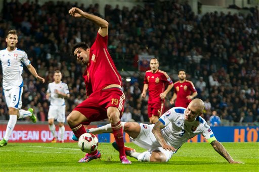 Diego Costa không thể sát cánh cùng đồng đội ở cuộc đấu với Belarus đêm nay