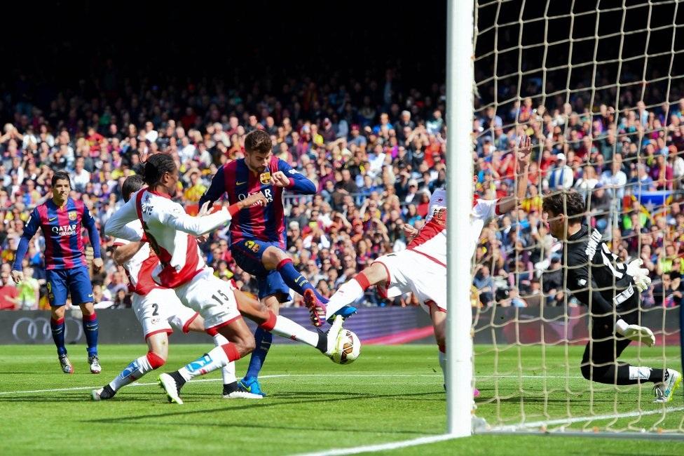Barcelona đang có được sự đồng đều ở cả ba tuyến