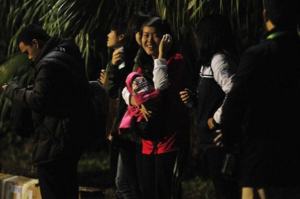 Các nữ CĐV Việt Nam tự hào về Công Vinh