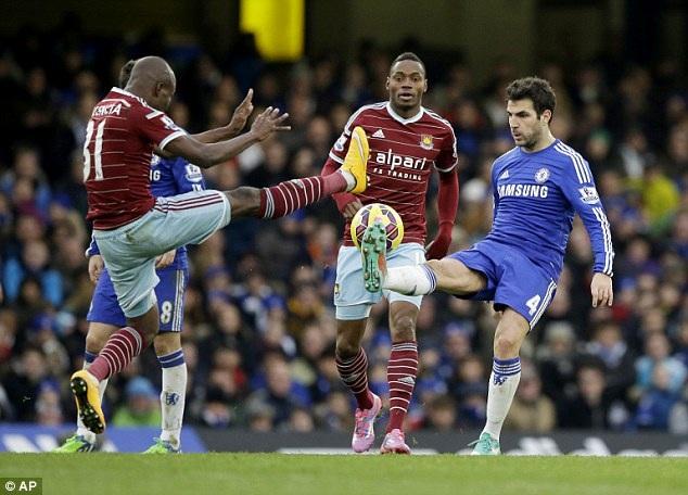 Fabregas chính là ngôi sao nhiều dấu ấn nhất ở Chelsea lúc này