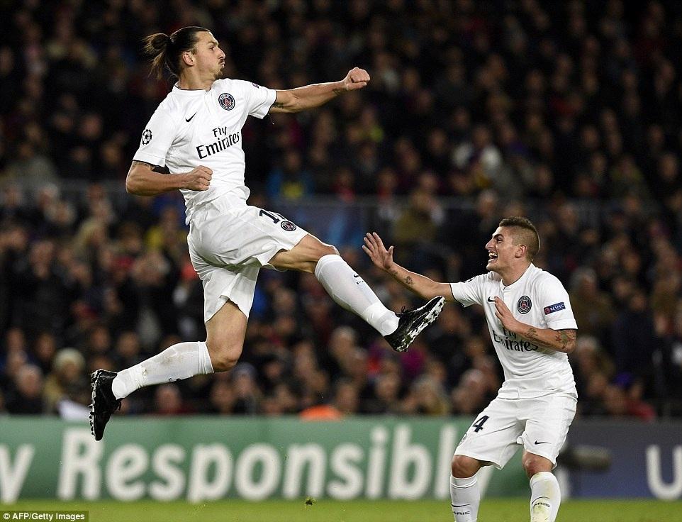 Ibrahimovic giúp PSG vượt lên dẫn trước