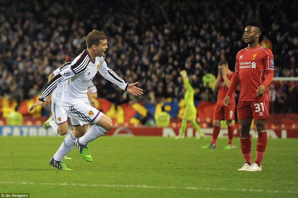 Frei mở tỷ số 1-0 cho Basel