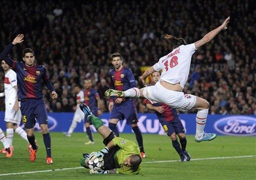 Ibrahimovic có cơ hội trở lại sân Nou Camp