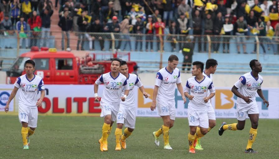 SL Nghệ An ngược dòng để giành trọn 3 điểm