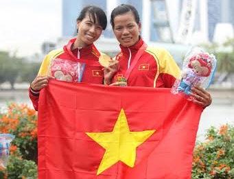 Tạ Thanh Huyền và Đỗ Thị Thảo giành HCV Rowing nội dung thuyền nhẹ đôi nữ 1000m