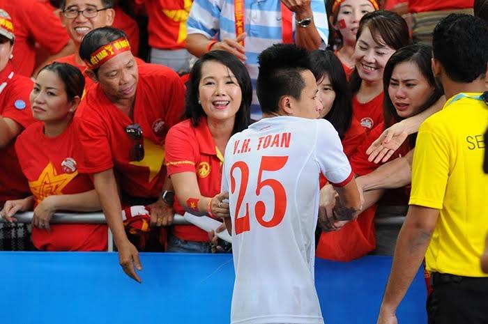 Huy Toàn thất vọng khi U23 Việt Nam dừng bước ở bán kết