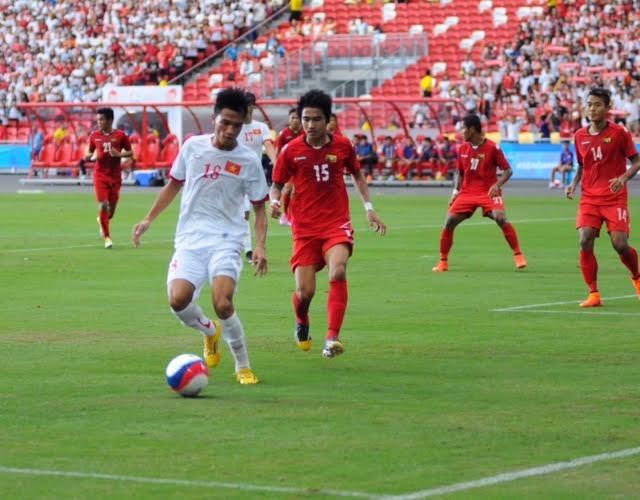 U23 Việt Nam nỗ lực ép sân ở hiệp 2