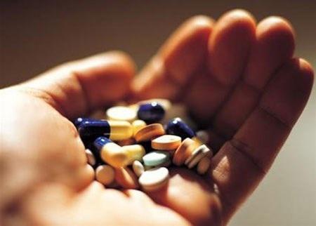 Uống thuốc nhuận tràng để giảm cân là sai lầm của nhiều chị em.