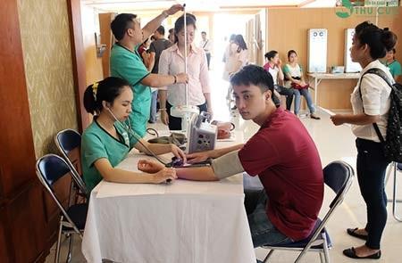 Các doanh nghiệp tạo điều kiện cho nhân viên khám sức khỏe hàng năm