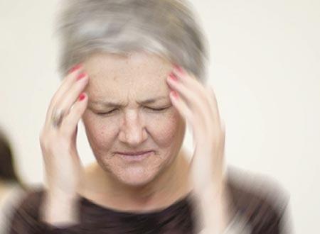 Rối loạn tiền đình – nỗi ám ảnh của người già