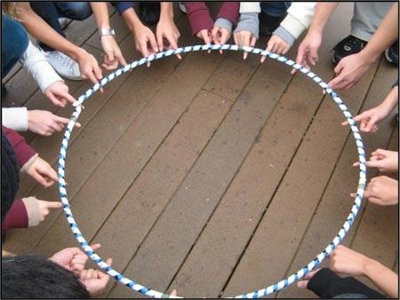 Hoạt động ngoài trời của học sinh trong chương trình giao lưu văn hóa