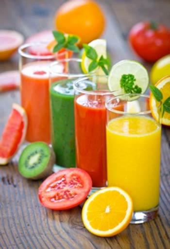 Uống nước ép từ rau củ quả sẽ giúp cơ thể bạn nhanh chóng loại bỏ chất cồn