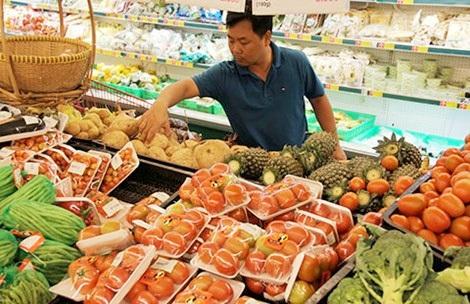 Tăng cường rau, củ, quả trong những ngày tết là lựa chọn hàng đầu của nhiều gia đình. Ảnh: TÚ UYÊN